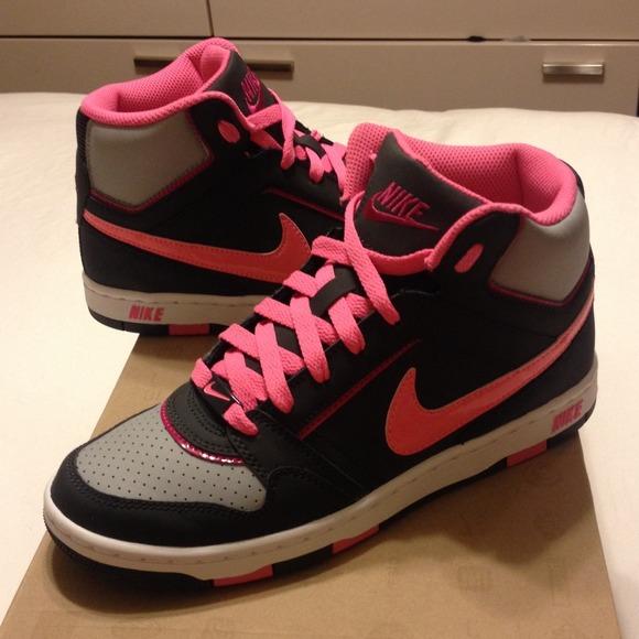 ... High tops in Pink. M 52633b88af5ecc0309048120 cf8d5948b