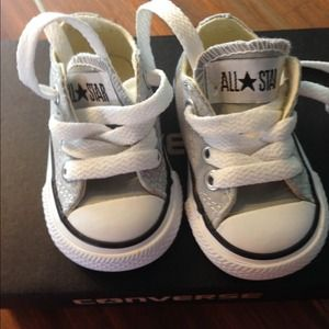 baby converse shoes size 2
