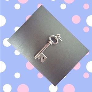 """Jewelry - Sterling .925 1"""" key charm """"21"""""""