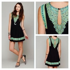 🎉 HP Free People HeartBreaker Black & Green Dress