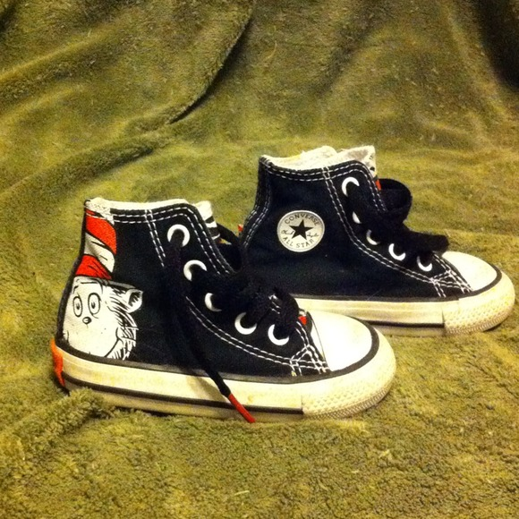 3949e511581 Converse Shoes - Chuck Taylor Cat In The Hat Converse baby sz 4