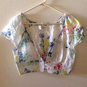 Abercrombie & Fitch Jackets & Blazers - Abercrombie & Fitch cropped Kimono style blouse