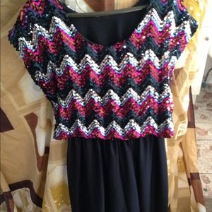 Vintage zig zag black sequin dress!