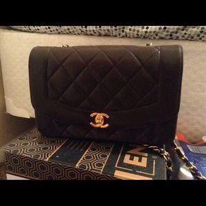 Authentic lambskin Chanel classic bag