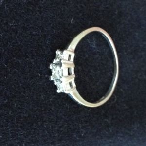 Jewelry - Reserved!!! White Gold Diamond Ring @han10