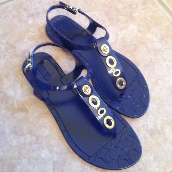 54 Off Coach Shoes - Coach Phila Jelly Sandals Bundle -3154