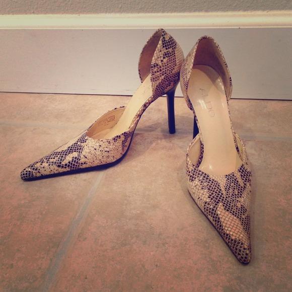 57f757cb0fe Aldo snakeskin pointed heels