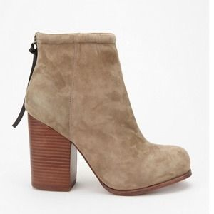 "Jeffrey Campbell Shoes - 🎉HOST PICK🎉Jeffrey Campbell ""Rumble"" Boot"