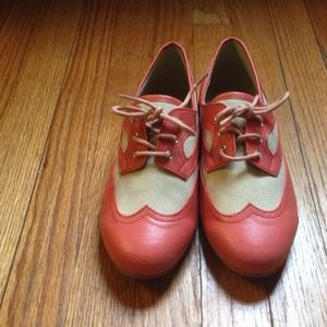 Pink leather oxfords