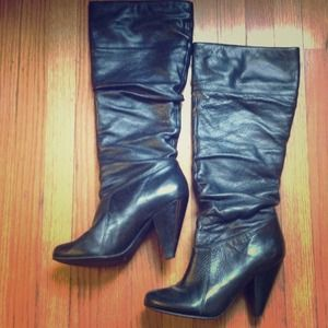 Black leather boots by Jessica Simpson - like new!