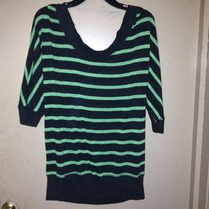 BundledGreen stripe top