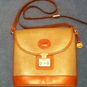 Vintage Dooney & Bourke Cross Body