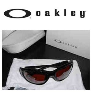 NWT Oakley Sport sunglasses!