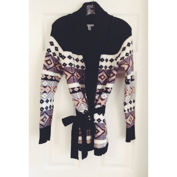 Old Navy - Thick Cozy Fair Isle Wrap Sweater from Rachel's closet ...