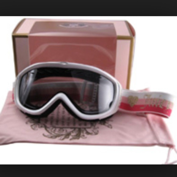 2814ce5ff0fb Juicy Couture Accessories - Like new Juicy Couture ski snowboard goggles