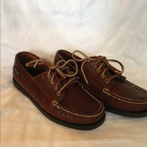Eastland Shoes - BRAND NEW Flamouth Limited Ed. Four Eyed Loafers