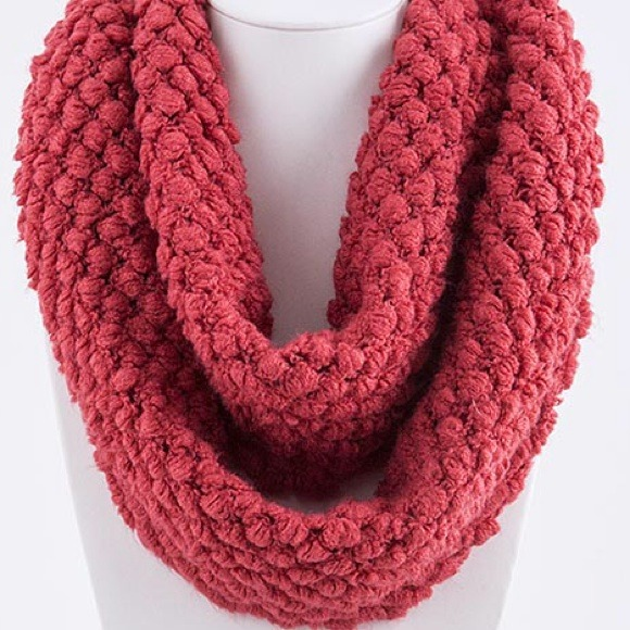 Black Knitted Infinity Scarf Knitted Infinity Scarf/coral
