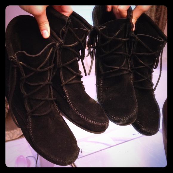 Soldblack Moccasin Boots