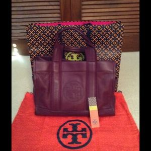 "FINAL REDUCTION TORY BURCH LARGE ""TORY TOTE"""