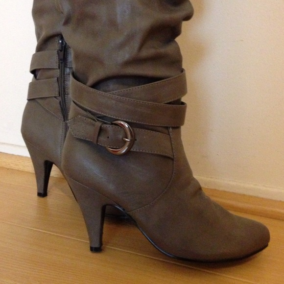 Slouchy Grey Buckled Knee-High Boots w/ Small Heel 6.5 from ...