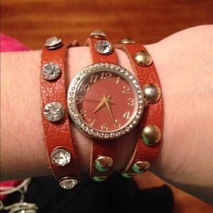 Brown leather wrap Watch!