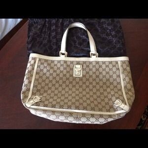 Awesome, authentic Gucci tote