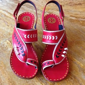 Gorgeous Tory burch sandals
