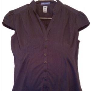 Size S Gap Maternity Gray Short Sleeve Top