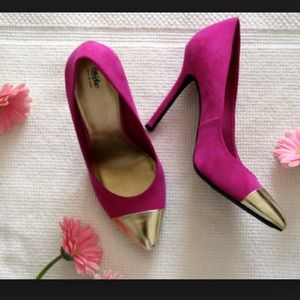 Mossimo Shoes - 🆗Cap toe heels. 1