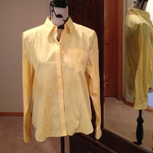 Ralph Lauren Shirt in Yellow Sz M