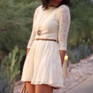 Dresses & Skirts - Lace skater skirt dress