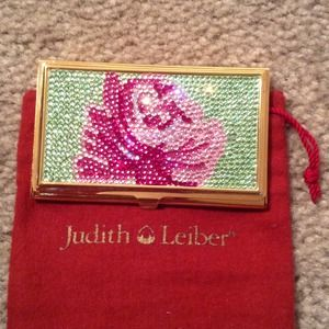 JUDITH LEIBER card case.  GORGEOUS❤️