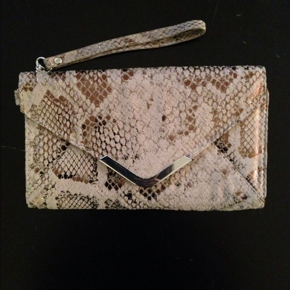 Clutches & Wallets - Gorgeous Snakeskin Clutch/ Wallet 2