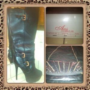 Brand new knee high boots w/ clutch