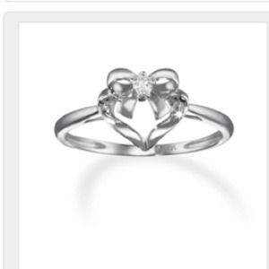 14k white gold diamond bow and heart ring