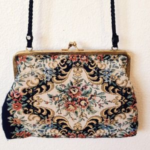 Vintage Handbags - 🎁BUNDLED🎁floral tapestry snap shoulder purse