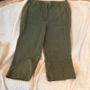 Women's Green Capri pants size 12