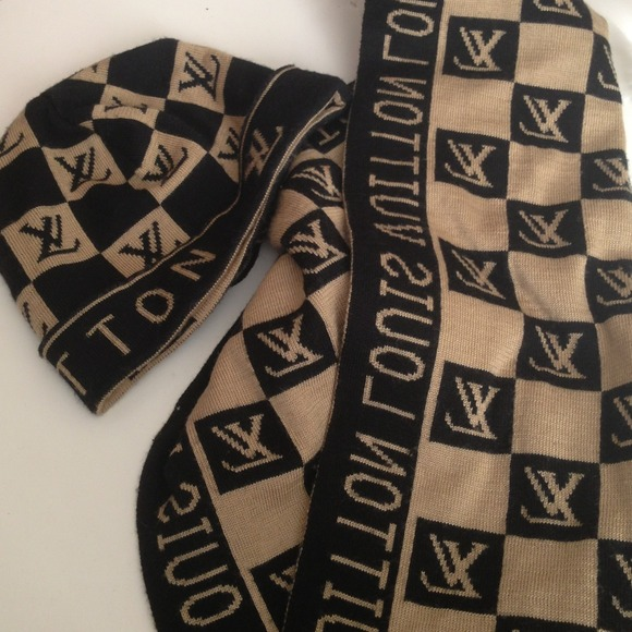 3177dffd1dc Louis Vuitton Accessories - Inspired LV ( Louis Vuitton) scarf and beanie.⛄❄