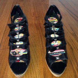Harajuku Lovers Shoes - Fun bow heels
