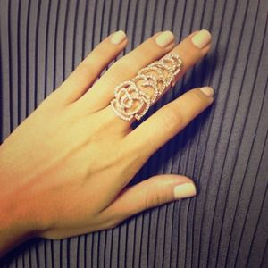 Crystal flower hinge / knuckle ring rose gold