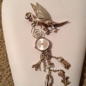Jewelry - VINTAGE STERLING  FANTASY PIN!   Reduced2x👏👏👏