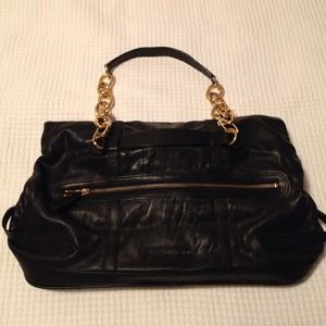 BCBG Bags - ✨Reduced✨ BCBG Leather Handbag