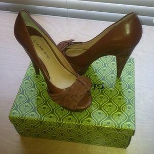 Shoes - Size 8.5 Gianni Bini heels