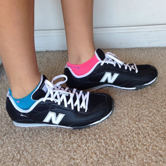 pink and gray new balance shoes where can i get new balance shoes