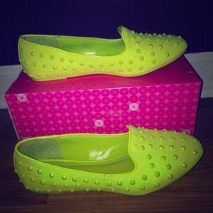 Nidah Loafers