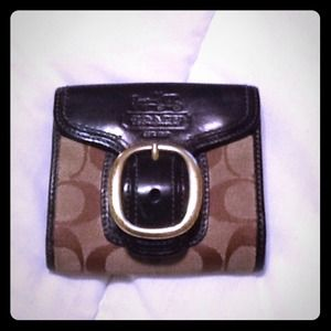 Coach wallet w/ gold buckle