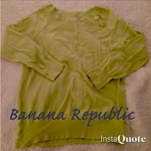 Banana Republic Sweaters - Super soft banana republic sweater