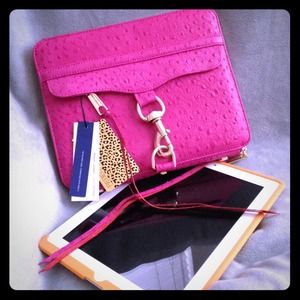 SIGNED Rebecca Minkoff MAC iPad 2 Case Pink