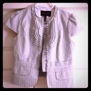 BCBG Maxazria short sleeve jacket
