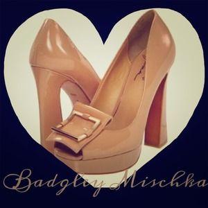 Mark & James / Badgley Mischka Shoes - Sexy Badgley Mischka nude patent platform heels